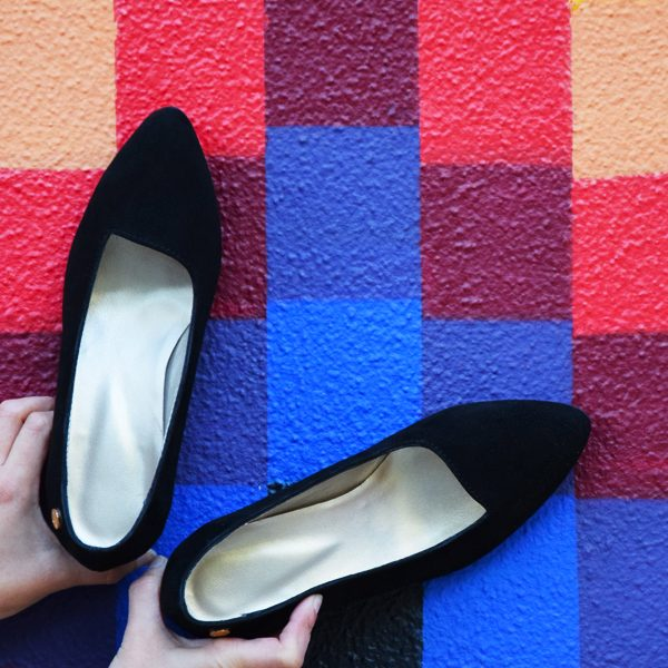 Black Basic Shoes by Small Shoes by Cristina Correia