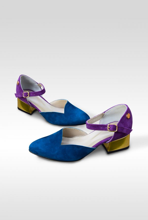 Blue and Violet Grape Pointy Small Pumps