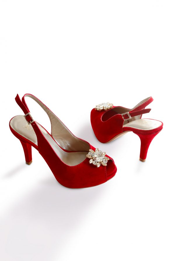 All angles of Lisbon sumptuous red small size pumps