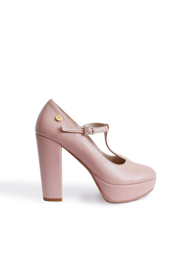 T-strap nude pump for petite women