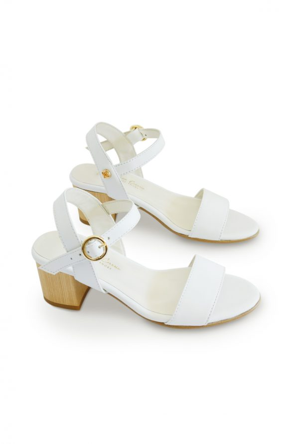 Medium Heel Sandals for Petite Women