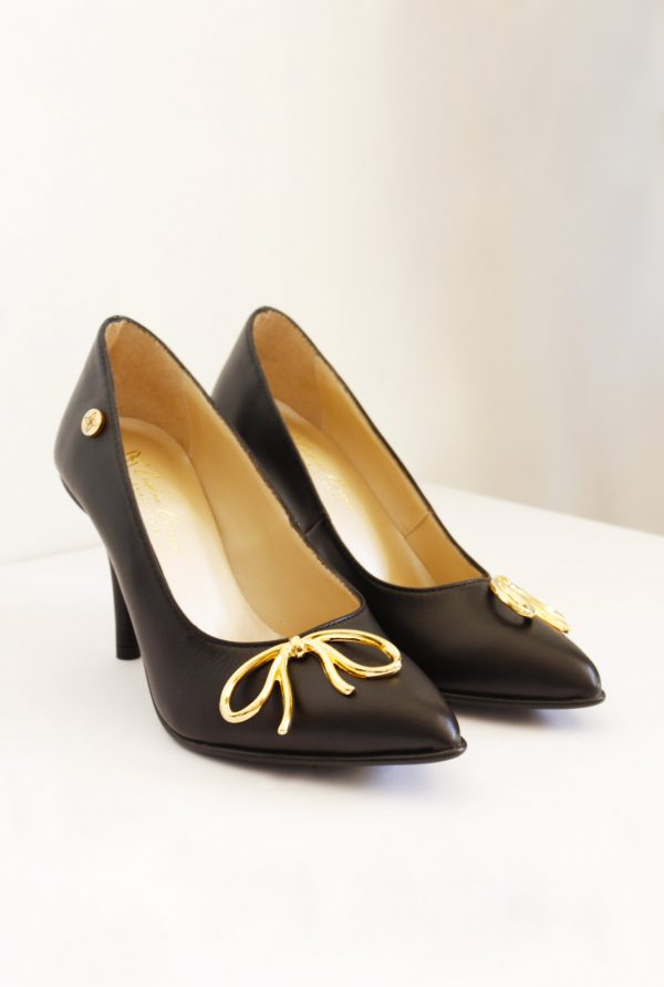 Black Pointy Shoes with Thin Heel in Small Sizes for Women