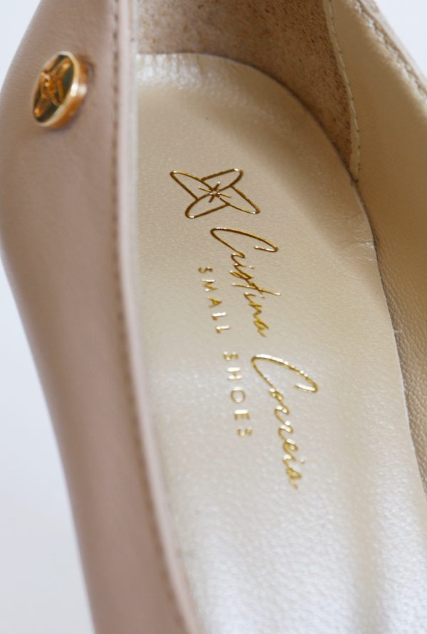 Small Shoes by Cristina Correia Logo and Pin