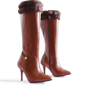 Knee High Boots in Small Sizes for Women