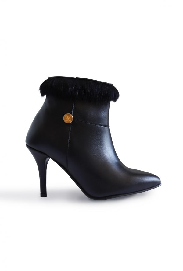 Black Ankle Boots in Small Sizes